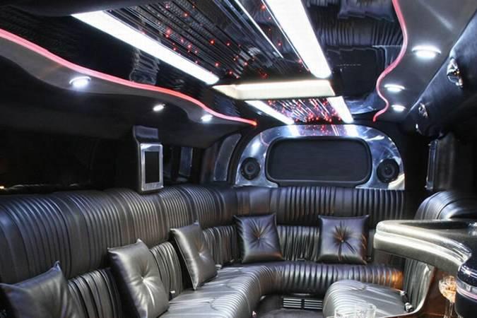 Fama Limousines