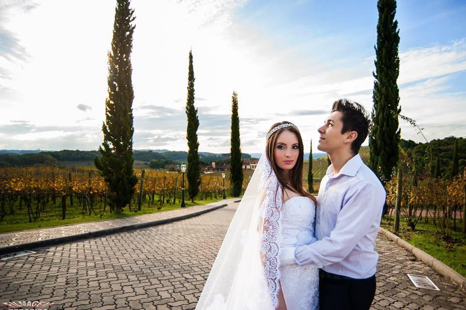 Noivos Emanuela e Jefheson.