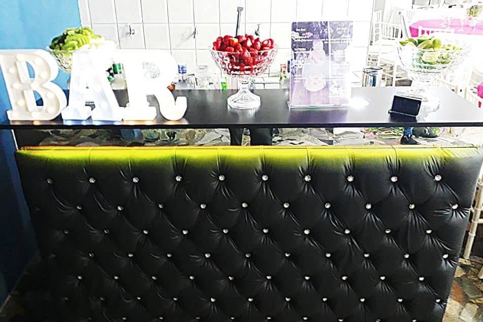 Lauren's Bar