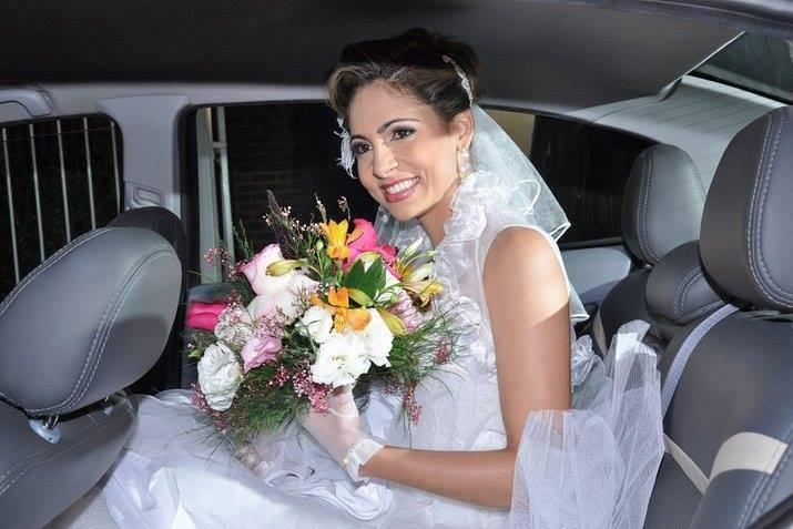 Tarcila Caliman Buquê de Noivas