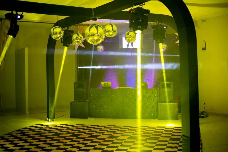 DJ Renan Mathias