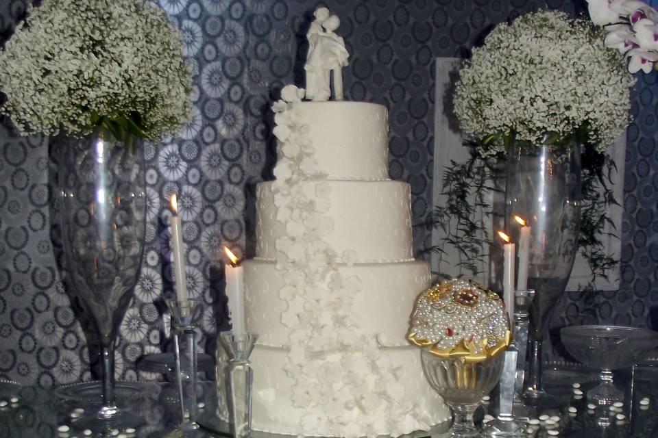 Buquê na decoração do bolo