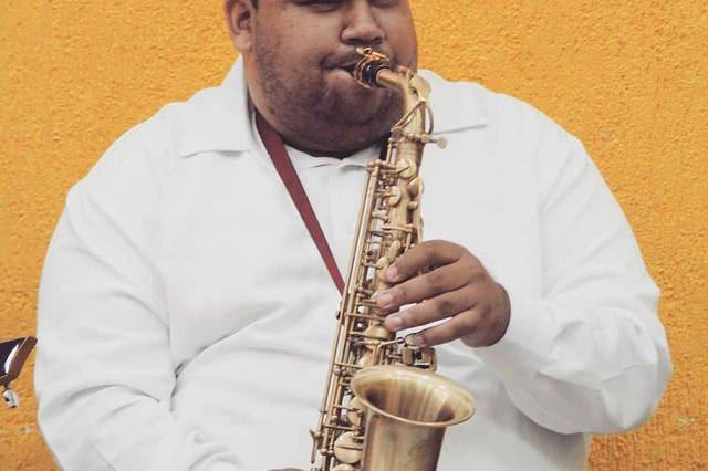 Lucas Farias Saxofonista