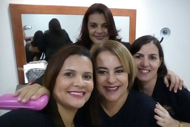 Ani Ribeiro Hair Designer