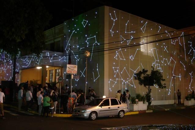 Iluminação para fachadas