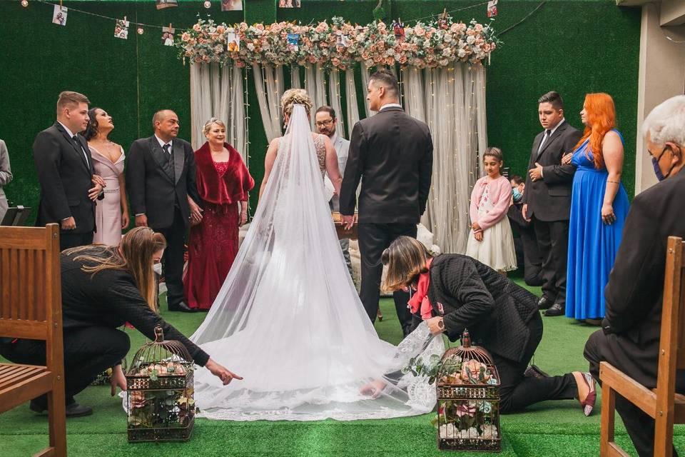 Arrumando véu cerimônia