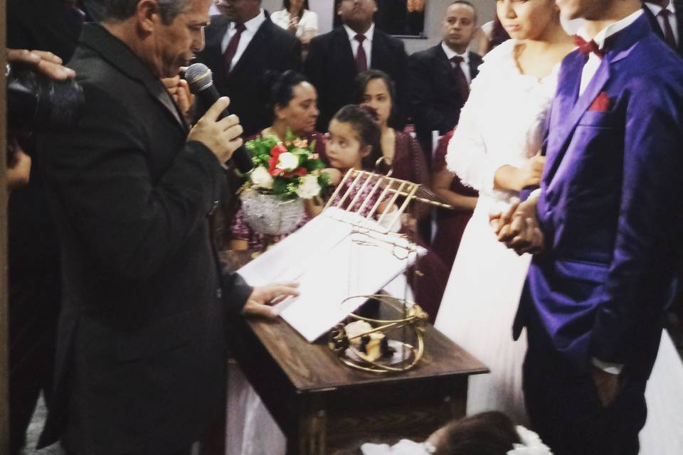 Romildo Pais Celebrante