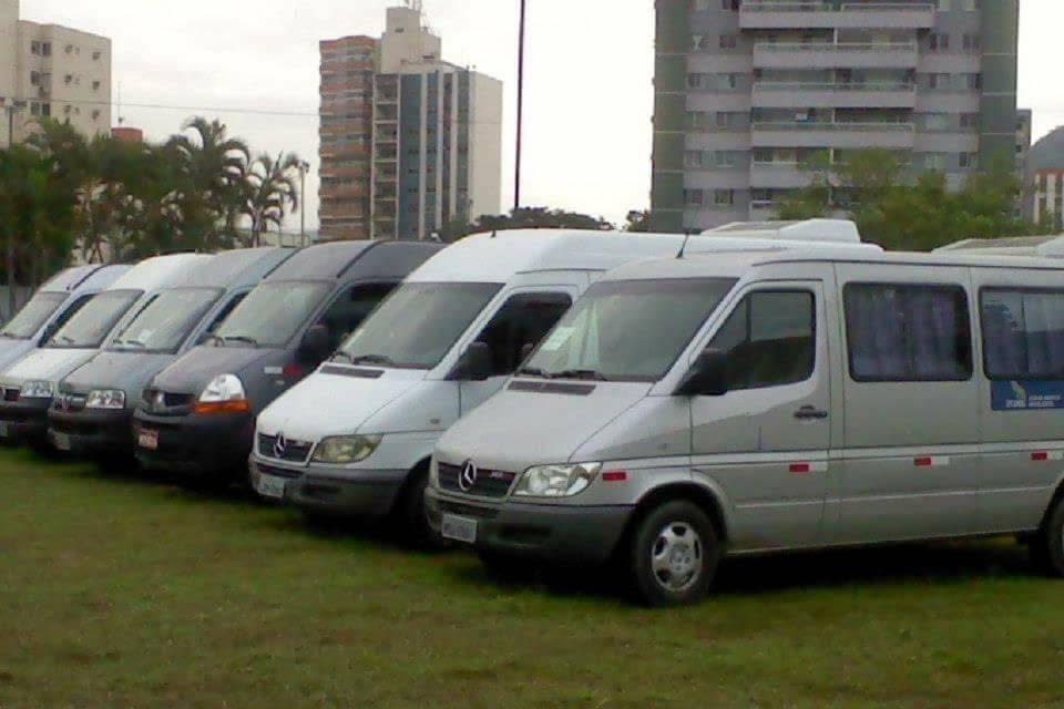 Vá de Van Locadora de Vans e Carros