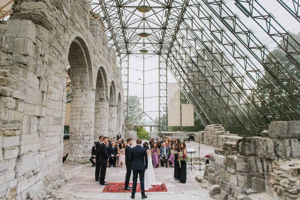 Casamento em igreja de pedra