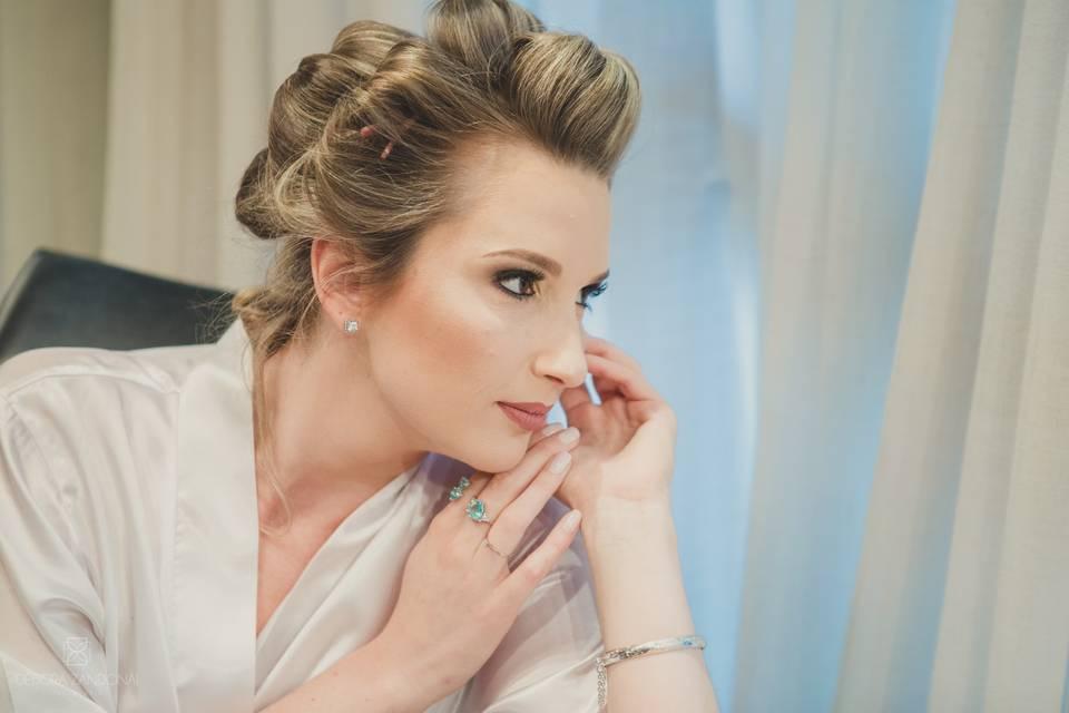 Cici Schneider Makeup