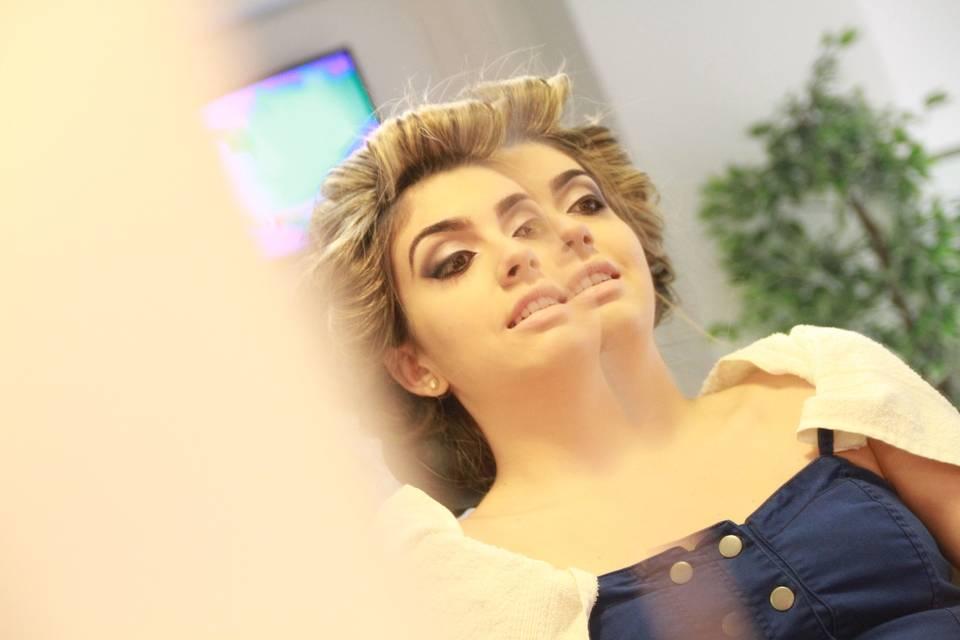 Stúdio Góes Penteado e Maquiagem