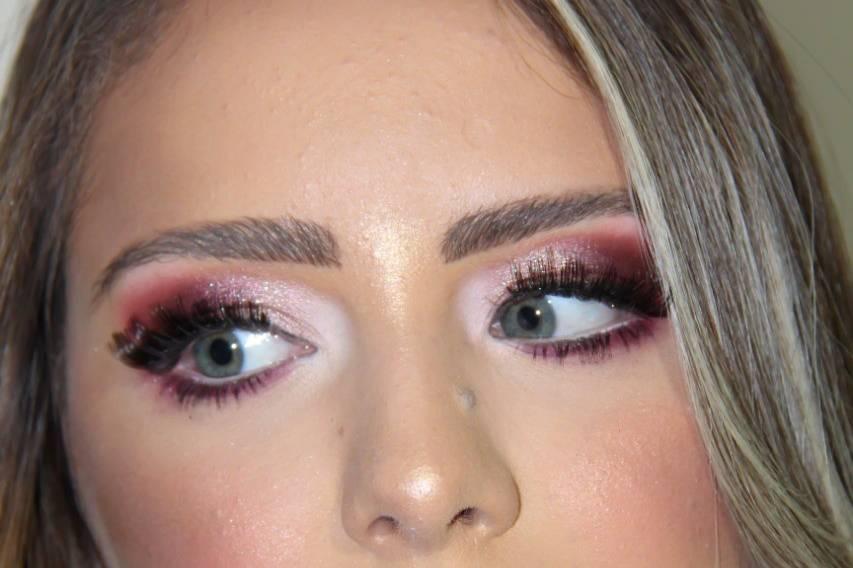 Vanessa Raquel Makeup