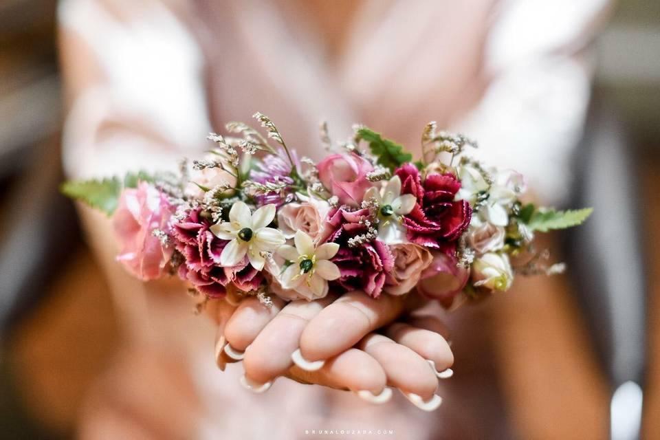Grinalda de flores naturais