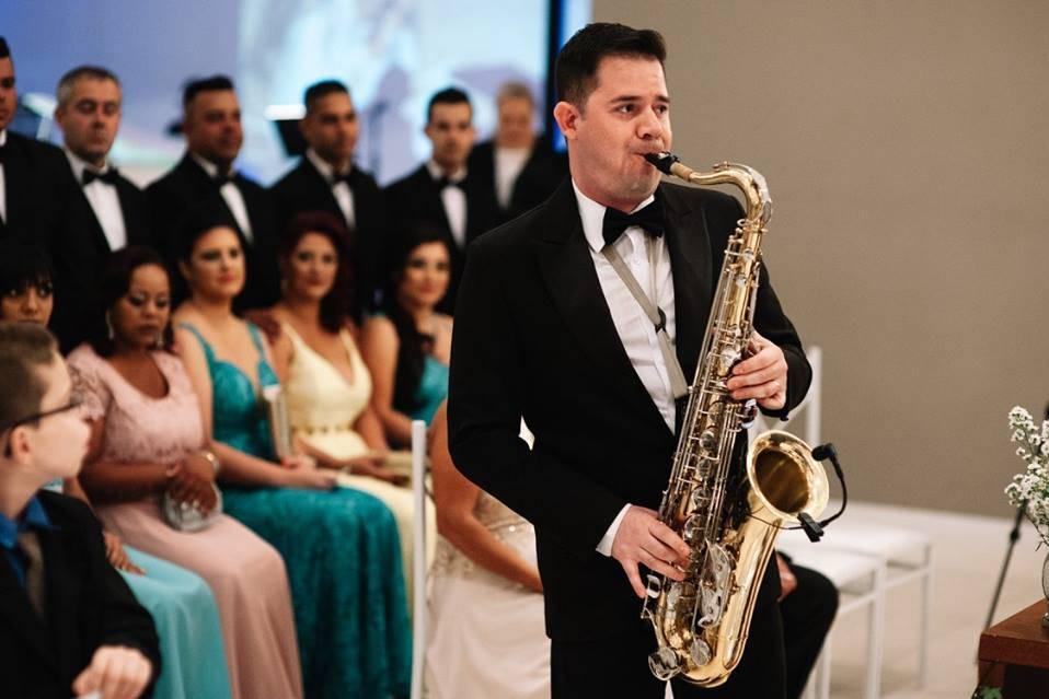 Eric Tedeschi Saxofonista