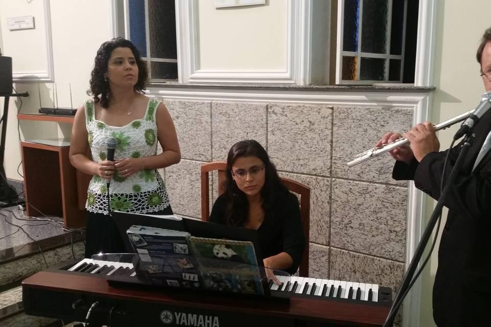 Trio piano voz e flauta