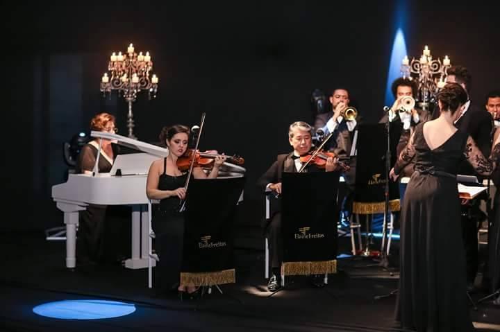 Elaine Freitas Orquestra e Coral